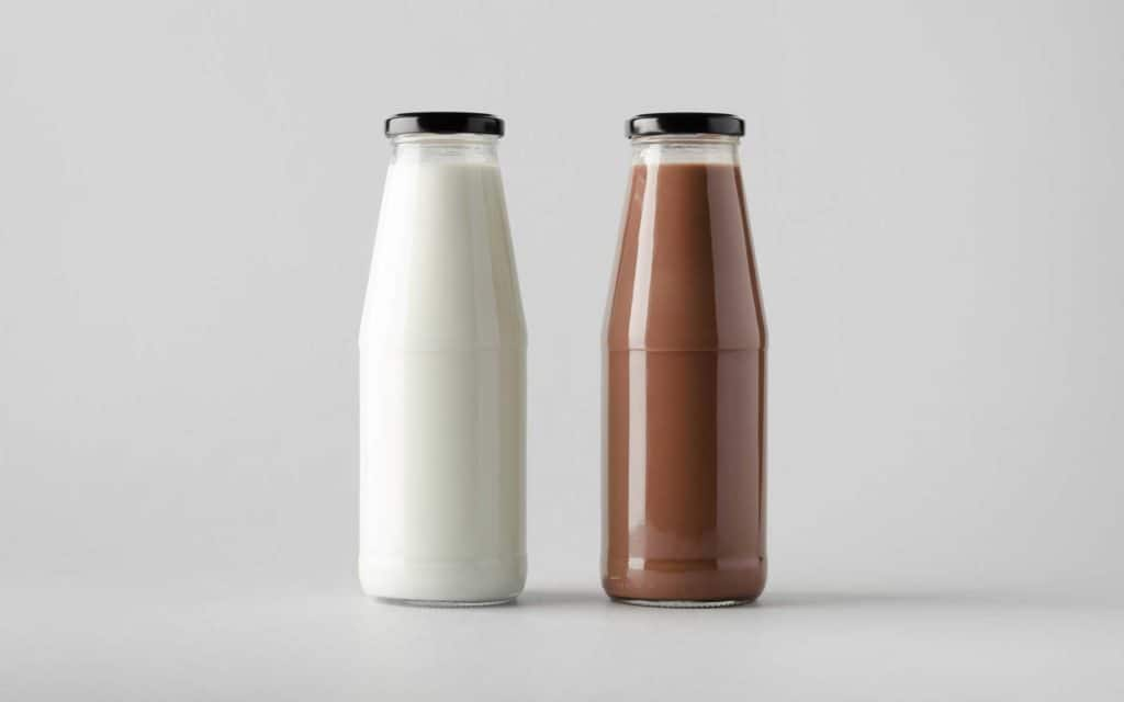 Chocolate and pure milk beveages in glass bottles